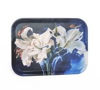 Bricka (liten), Vita liljor